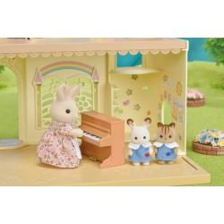 Baby Castle Nursery (SYL65316) RRP £29.99 Bricks & Mortar ONLY