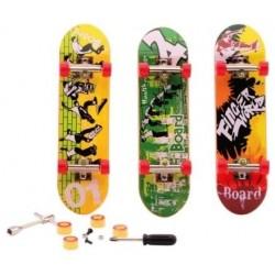 Finger Skateboard - 4 Assorted (24ct) RRP £2.99